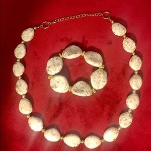 Jewelry - Fashion bead necklace and bracelet
